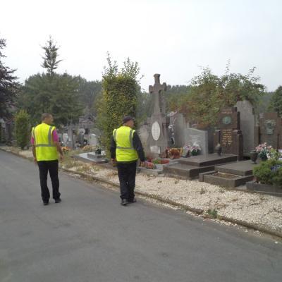 2 - Surveillance dans les allées dfu Cimetière de Roubaix